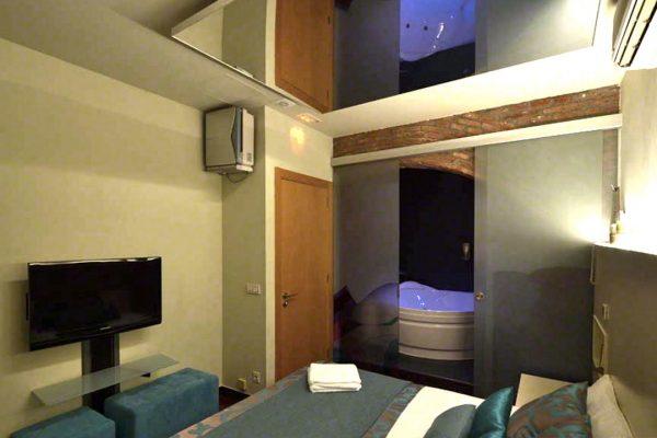 01-luxor-barcelona-suite-peccatum-5